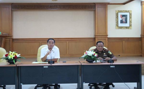 Pengarahan Kepala Kejaksaan Tinggi Bali Kepada Para Calon Pegawai Negeri Sipil Penerimaan Tahun 2018