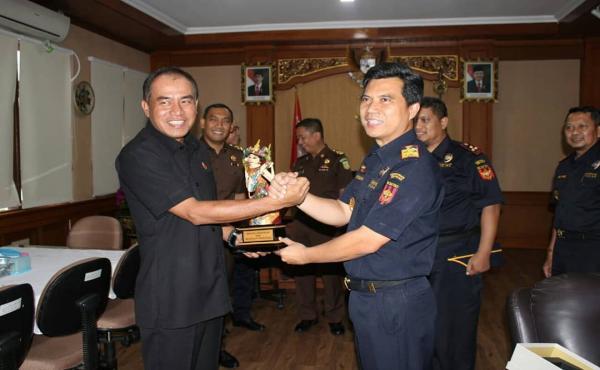 Silahturahmi Kepala Kantor Wilayah Direktorat Jenderal Bea Cukai (DJBC) Bali, NTB & NTT Bersama Peja
