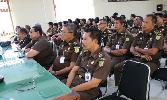 Rapat Bersama Jaksa Fungsional Dalam Rangka Mewujudkan Zona Integritas WBBM