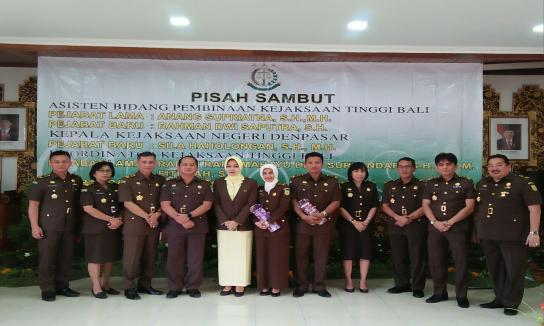 Pisah sambut Kejari denpasar dan asisten pembinaan, dan koordinator kejati Bali