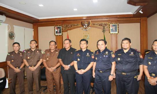 Silahturahmi Kepala Kantor Wilayah Direktorat Jenderal Bea Cukai (DJBC) Bali, NTB & NTT Bersama Pejabat Teras Lainnya di Kejaksaan Tinggi Bali