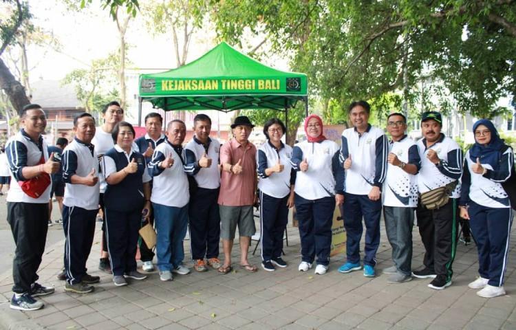 Pos Pelayanan Hukum Gratis Kejaksaan Tinggi Bali di Lapangan Niti Mandala Renon Denpasar
