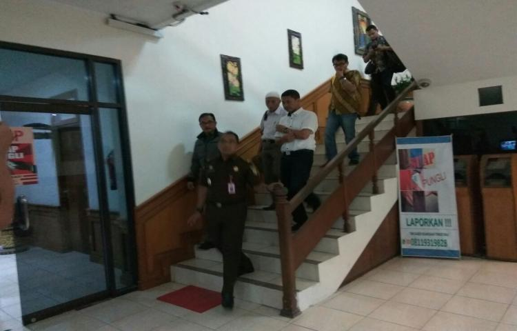 Press Release Penahanan Tersangka Kasus TP. Korupsi Pengadaan Kapal INKAMINA 30 GT  Oleh Penyidik Kejaksaan Tinggi Bali
