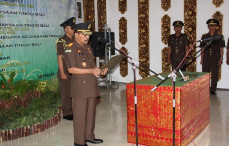 Sertijab di Lingkungan Kantor Kejaksaan Tinggi Bali Dan Kajari Gianyar