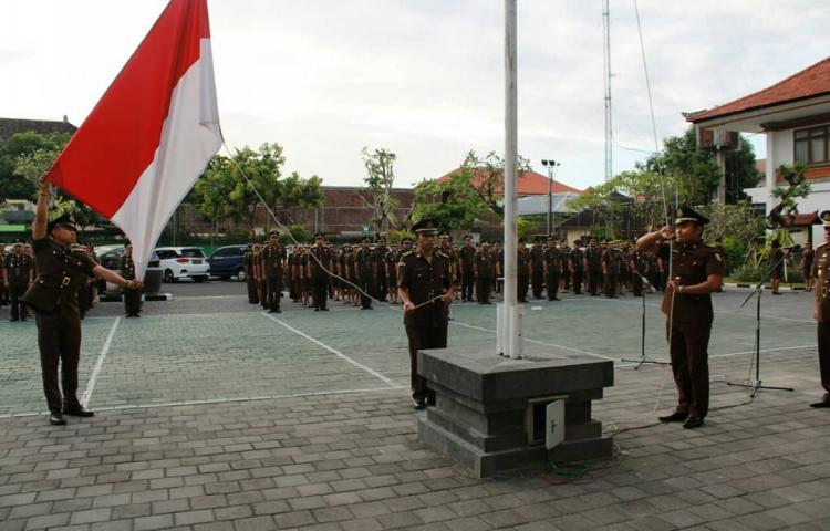 upacara Peringatan Hari Kelahiran Pancasila Tahun 2019 di Kejati Bali